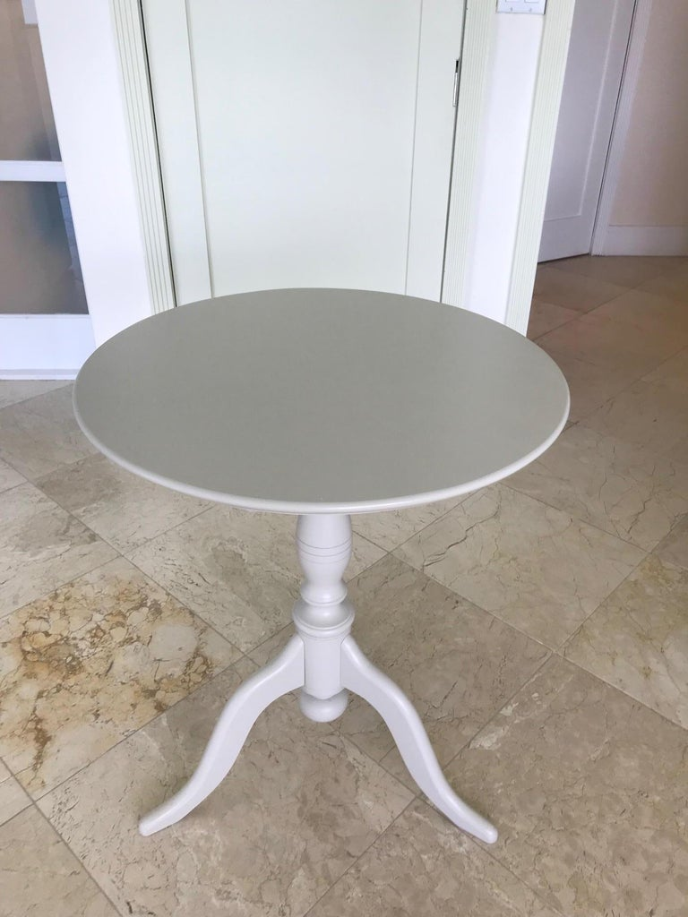 Swedish Side Table with Tilt Top in Hand Painted Taupe Wood, c. 1970's For Sale 10