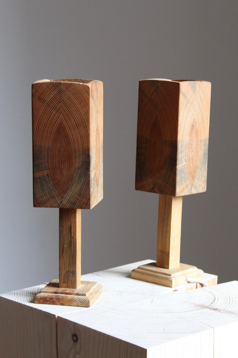 Mid-20th Century Swedish, Small Minimalist Table Lamps, Pine, Sweden, 1960s For Sale