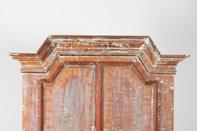 Swedish Sponge Painted Cupboard, circa 1760 In Good Condition For Sale In South Salem, NY