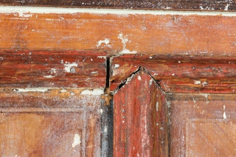 Swedish Sponge Painted Cupboard, circa 1760 For Sale 2