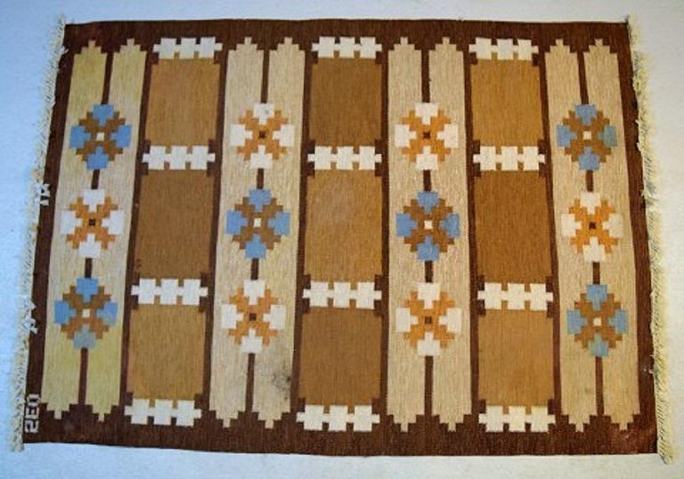 20th Century Swedish Textile Designer, Large Handwoven Rölakan Rug in Pure Wool For Sale