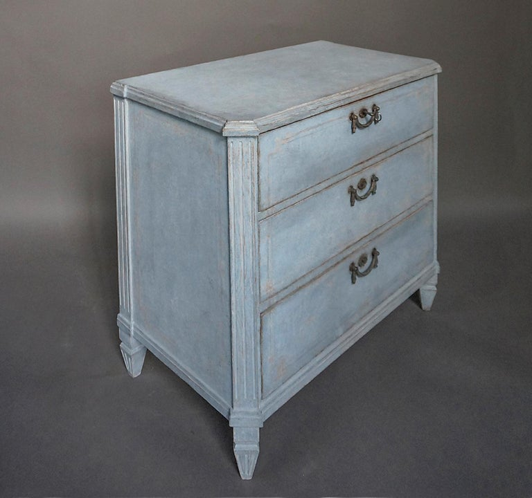 Hand-Carved Swedish Three-Drawer Commode in Blue Paint For Sale