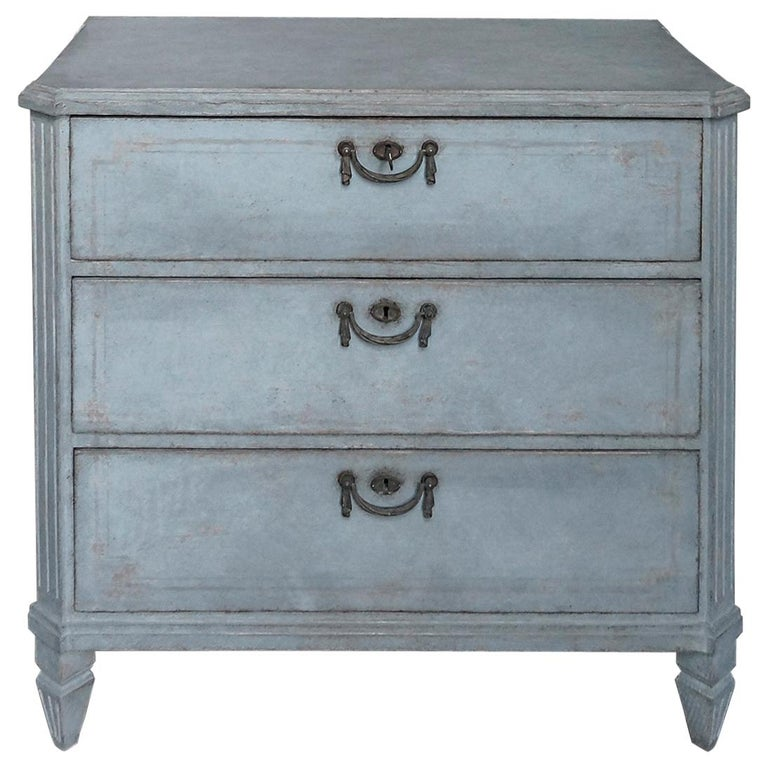Swedish Three-Drawer Commode in Blue Paint For Sale