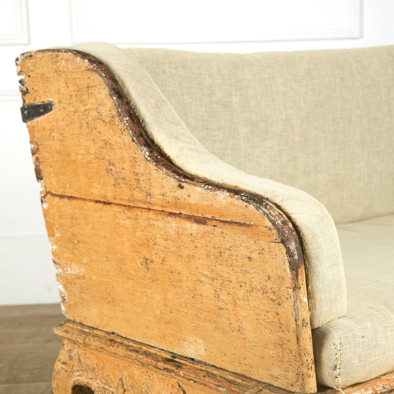 Swedish Tragsoffa in Original Paint In Good Condition For Sale In Gloucestershire, GB