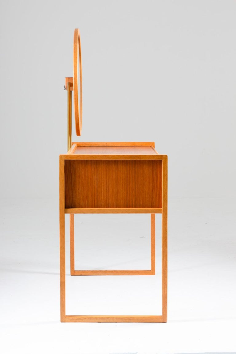 Swedish Vanity Table in Teak, Oak, and Brass by AB Nybrofabriken For Sale 1