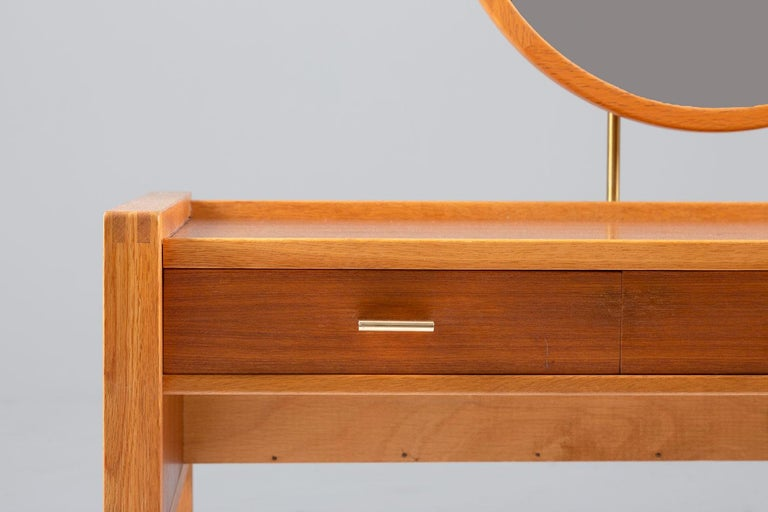 Swedish Vanity Table in Teak, Oak, and Brass by AB Nybrofabriken For Sale 2