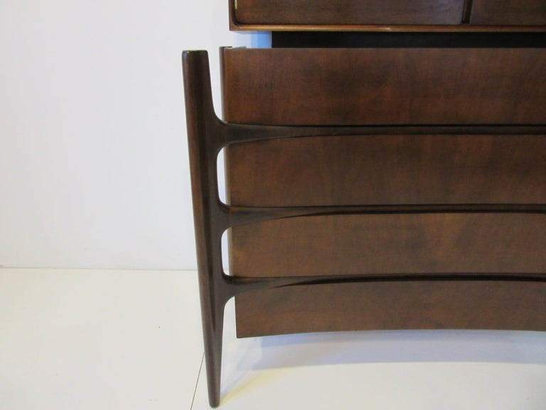 Swedish Walnut Midcentury 2-Piece Dresser /Chest by William Hinn In Good Condition For Sale In Cincinnati, OH