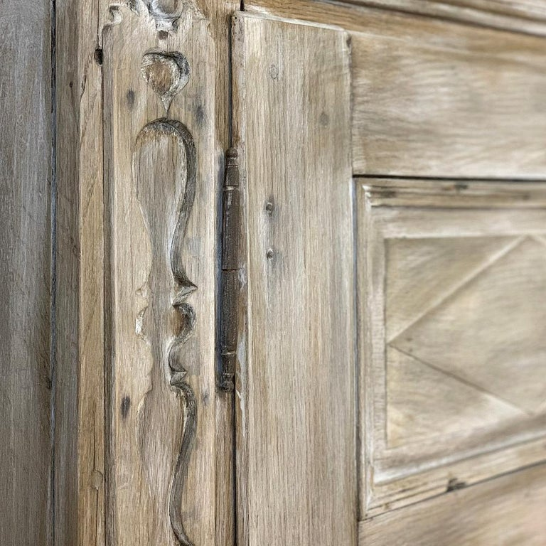 Swedish Whitewashed Armoire, 19th Century For Sale 4