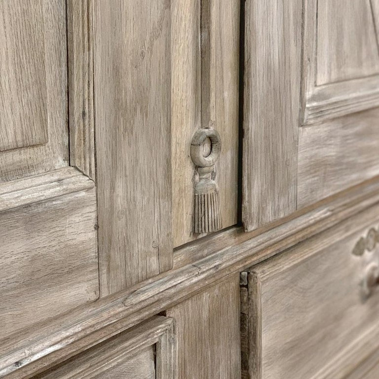 Swedish Whitewashed Armoire, 19th Century For Sale 6
