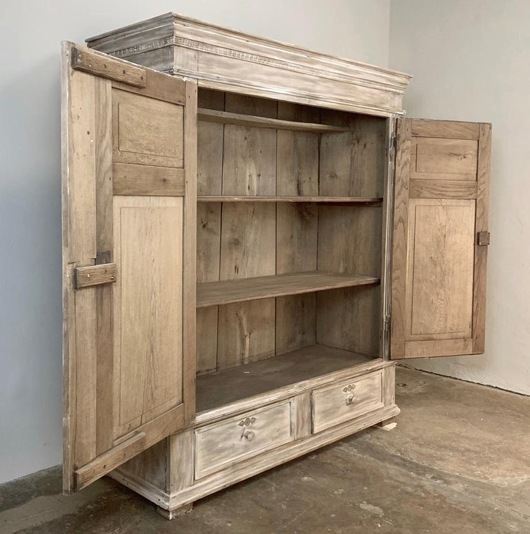 Swedish Whitewashed Armoire, 19th Century For Sale 9