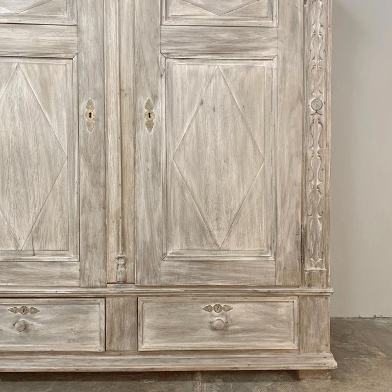 Swedish Whitewashed Armoire, 19th Century For Sale 2