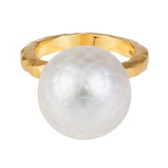 Sweet Pea 18k Yellow Gold Hammered Band Ring With Faceted White South Sea Pearl