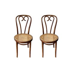 Sweetheart No. 16 Chairs Bentwood Chairs by Thonet & Zpm Radomsko, a Pair