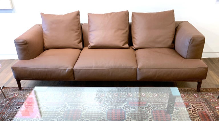Swing Sofa in Brown Leather by Bavuso Giuseppe & Alivar In Excellent Condition For Sale In Philadelphia, PA