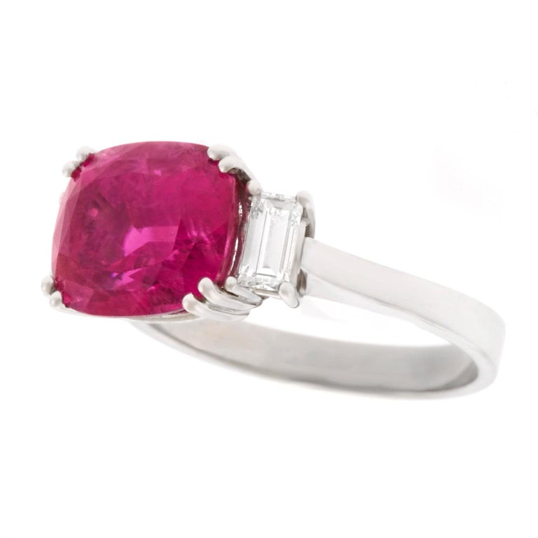 Swiss Modern Pink Tourmaline and Diamond-Set Gold Ring In Excellent Condition For Sale In Litchfield, CT