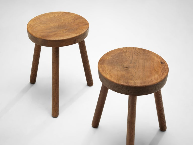 Swiss Tripod Stools in Solid Oak In Good Condition For Sale In Waalwijk, NL
