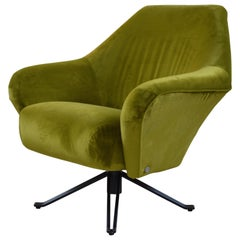 Swivel Armchair P32 by Osvaldo Borsani for Tecno