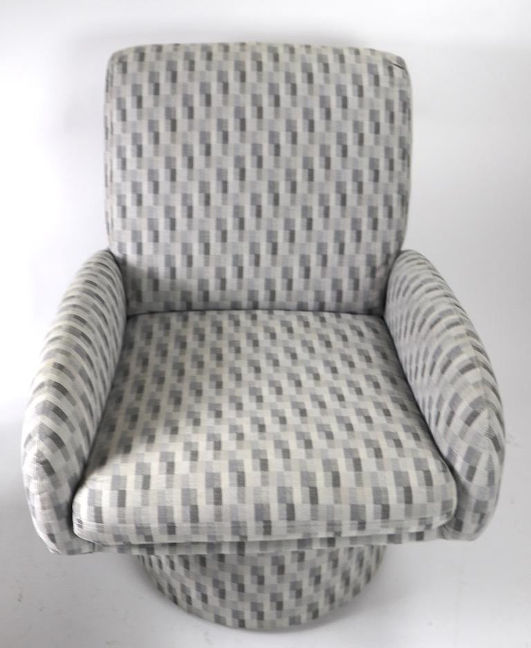 Swivel Chair and Ottoman after Milo Baughman by Classic Gallery Inc. For Sale 5