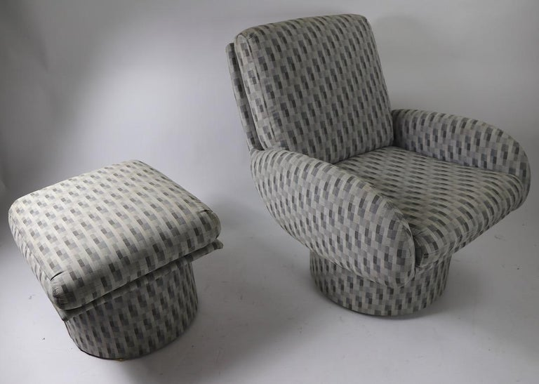 20th Century Swivel Chair and Ottoman after Milo Baughman by Classic Gallery Inc. For Sale