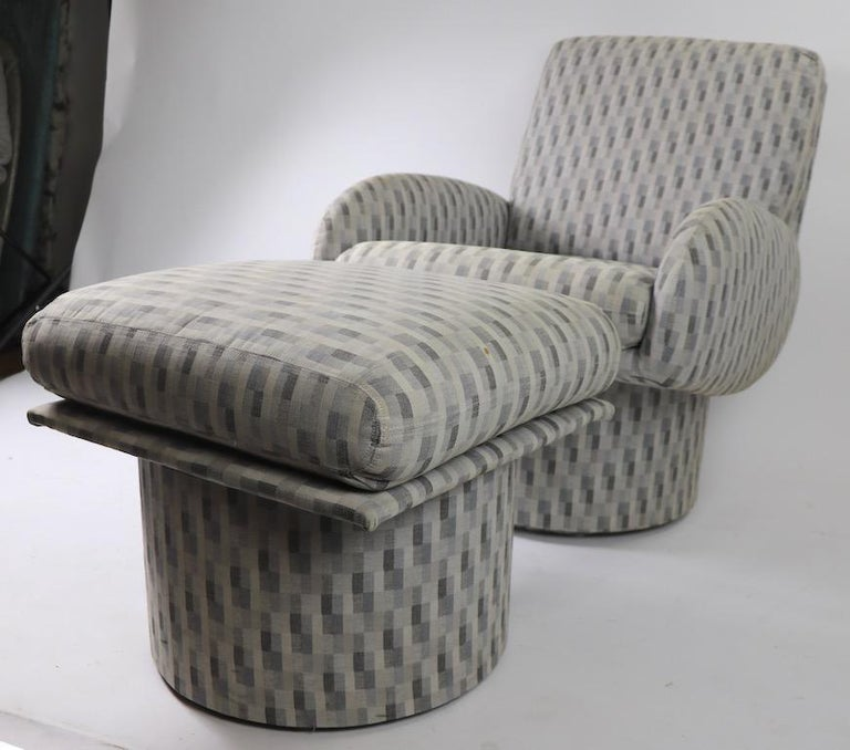 Swivel Chair and Ottoman after Milo Baughman by Classic Gallery Inc. For Sale 2