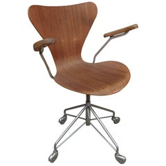 Swivel Desk Chair by Arne Jacobsen for Fritz Hansen Model 3217, from 1965