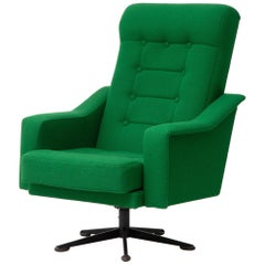 Swivel Lounge Chair Recently Reupholstered