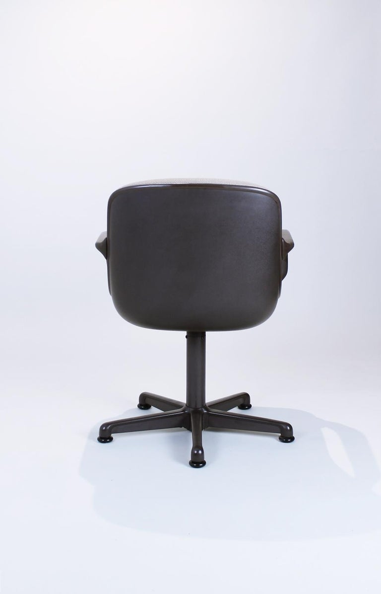 Italian Swivel Office Chair by Charles Pollock for Comforto, 1980s