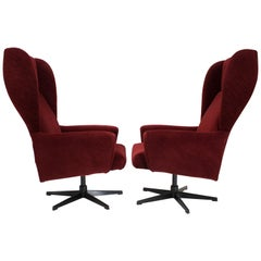 Swivel Wing Chair in Red, 1980s