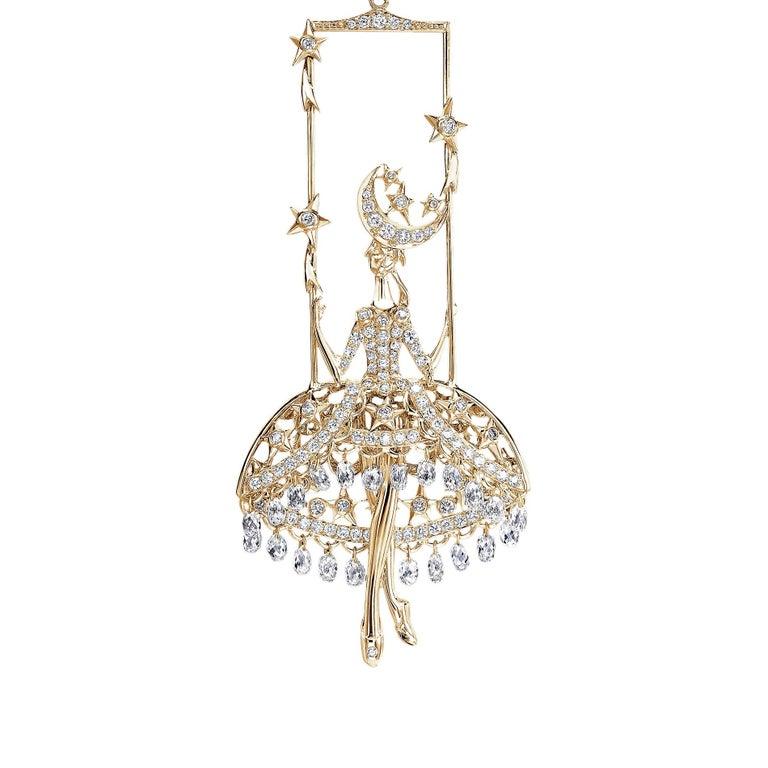 Contemporary Sybarite Jewellery Fairies Earrings 12.17 Carat Diamond 18 Karat Yellow Gold For Sale