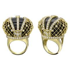 Sybarite Jewellery Royal Jubilee Cocktail 18K Gold 4.41 Carat Diamond Onyx Ring