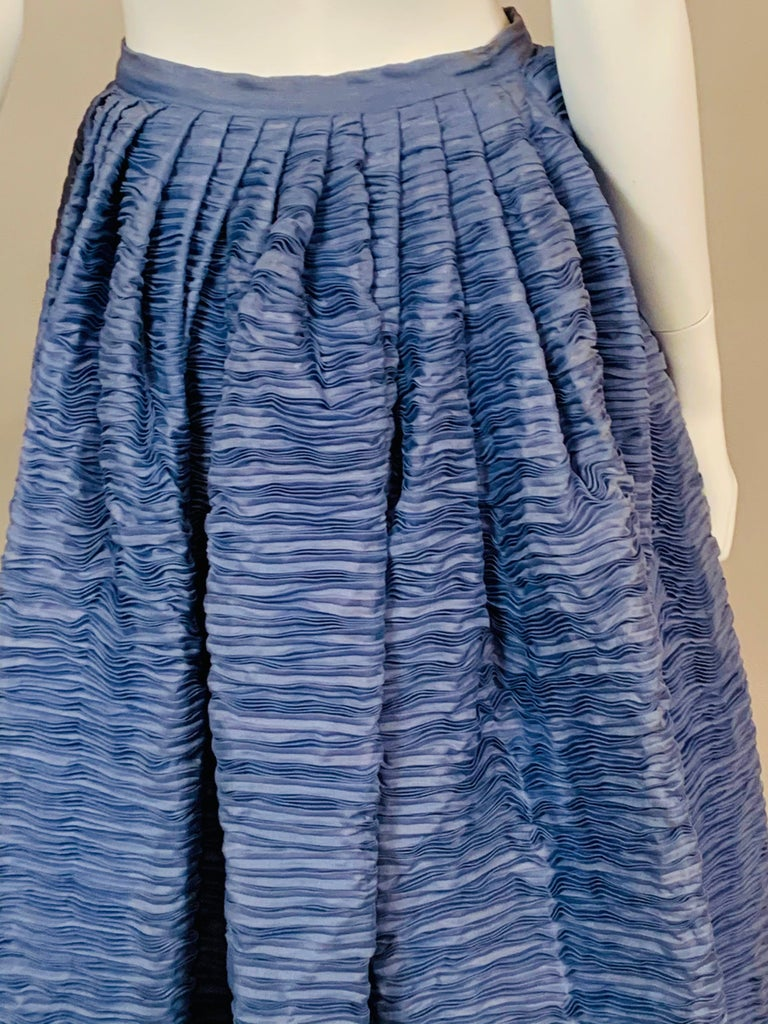 Women's Sybil Connolly Irish Couture Hand Pleated Blue Linen Evening Skirt For Sale