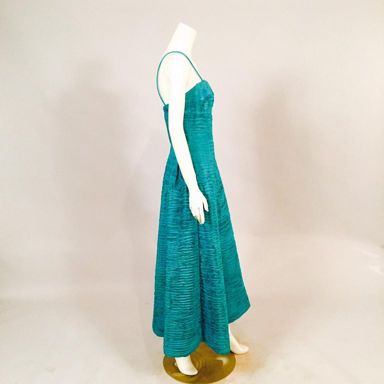 Sybil Connolly Pleated Linen Strapless Evening Dress In Good Condition For Sale In New Hope, PA