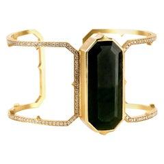 Sylva & Cie 18 Karat Gold Nephrite Jade Bangle Cuff Bracelet with Diamonds