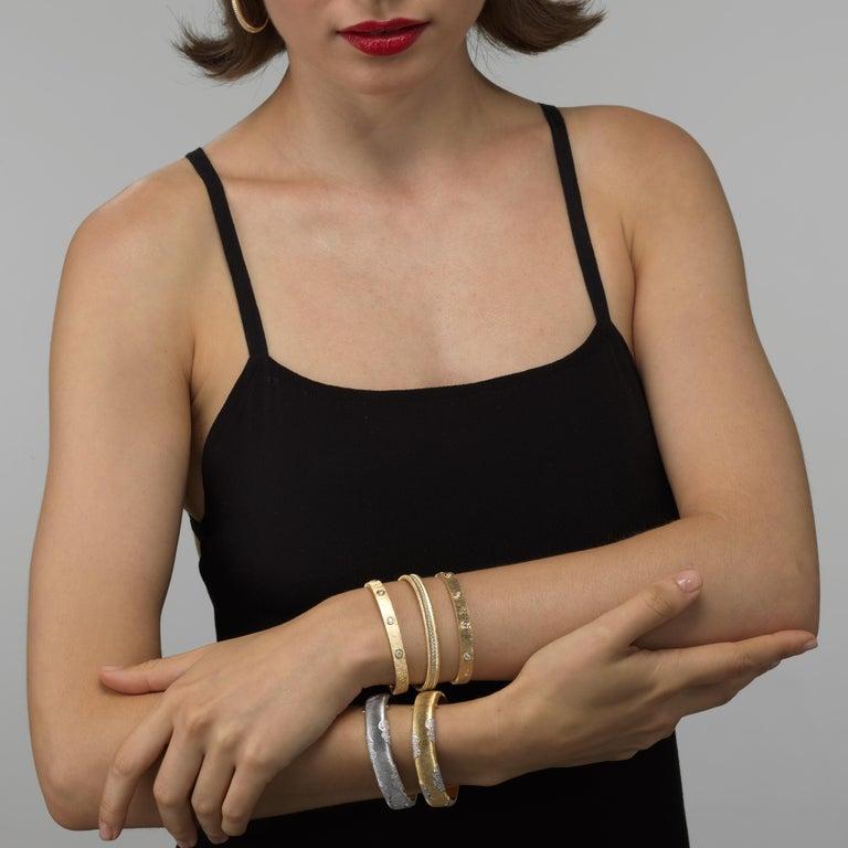 18K Yellow Gold Diamond Bracelet For Sale 1