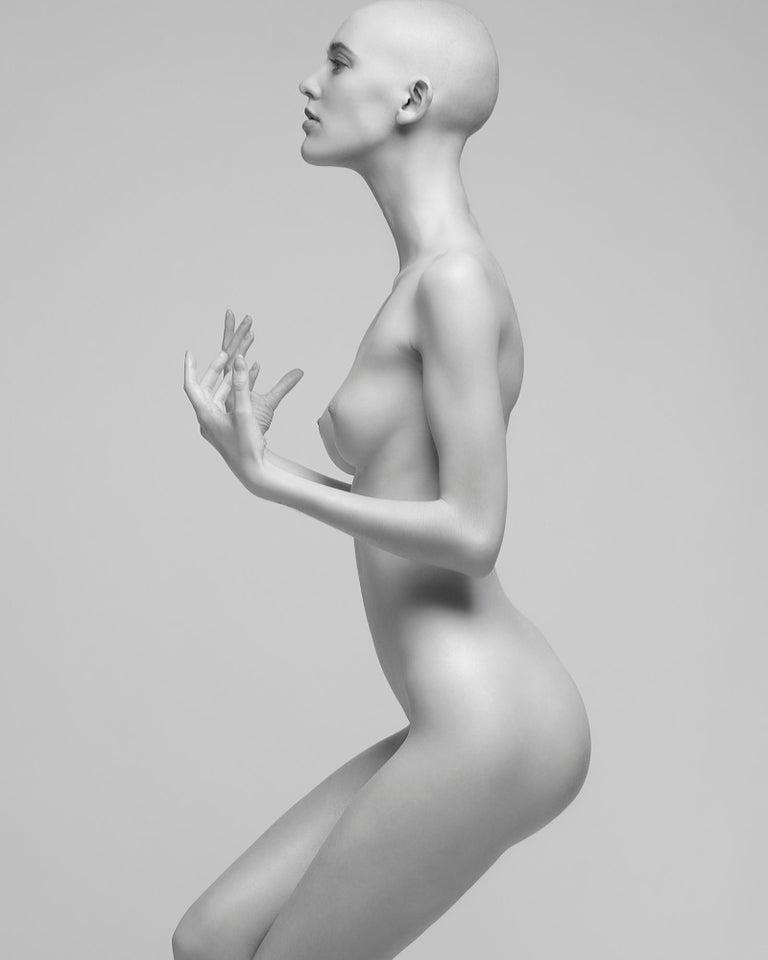 Sylvie Blum Black and White Photograph - Self-Conscious, 21st century, contemporary, photography