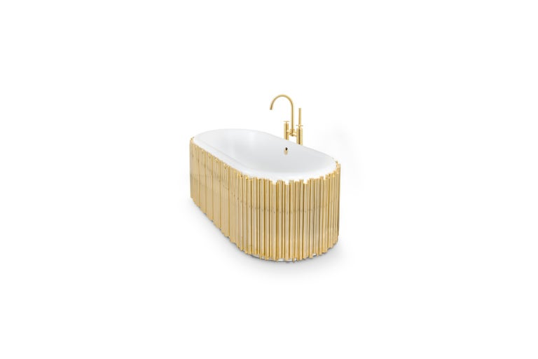Like a perfect symphony, we created this bathtub. The gold-plated brass tubes stand out on this oval-shaped design, giving it the elegant yet luxurious look you are searching for. The tub is made of white casted iron giving it a clean look that is