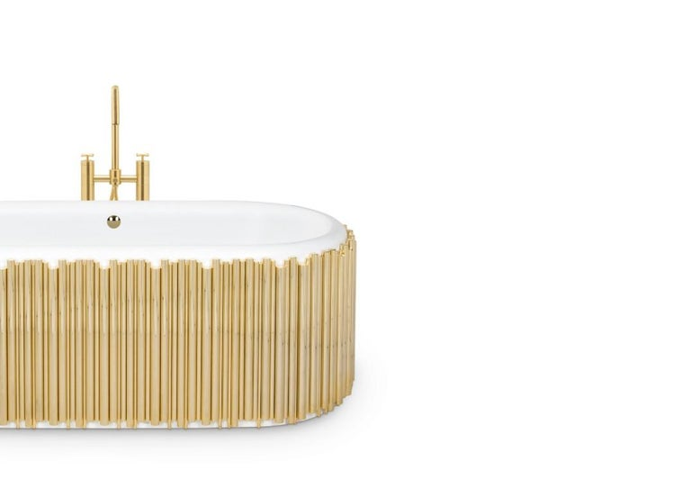 Modern Symphony Oval Bathtub with Gold-Plated Brass Tubes For Sale