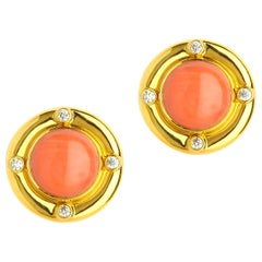Syna Coral Yellow Gold Earrings with Diamonds