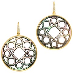 Syna Grey Mother of Pearl Yellow Gold Earrings with Diamonds
