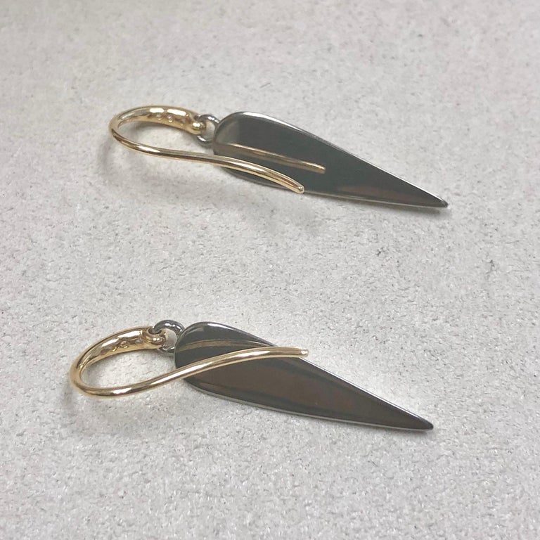 Round Cut Syna Oxidized Silver and Yellow Gold Earrings with Champagne Diamonds For Sale
