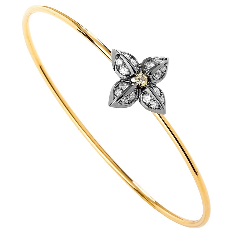 Syna Oxidized Silver Yellow Gold Flower Bracelet with Champagne Diamonds For Sale
