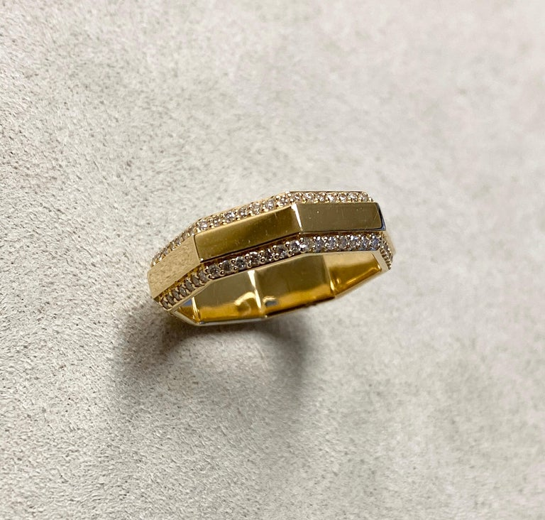 Syna Yellow Gold Octagon Band with Diamonds In New Condition For Sale In Fort Lee, NJ