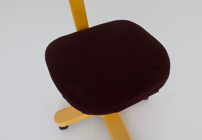 Synthesis 45 Typist Chair by Ettore Sottsass for Olivetti, Italy, 1970 For Sale 3