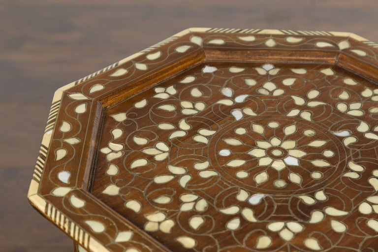 Syrian 1920s Moorish Style Octagonal Table with Mother of Pearl and Bone Inlay For Sale 4