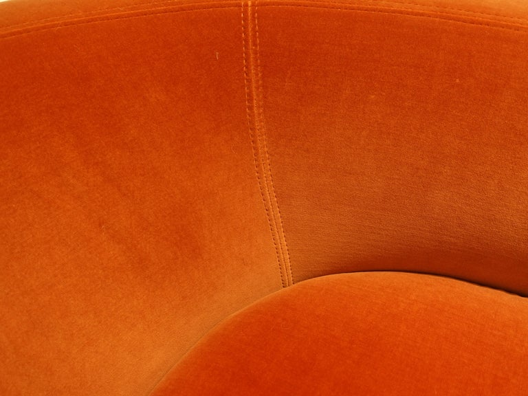 t brown studio U-Lounge Chair In New Condition For Sale In New York, NY