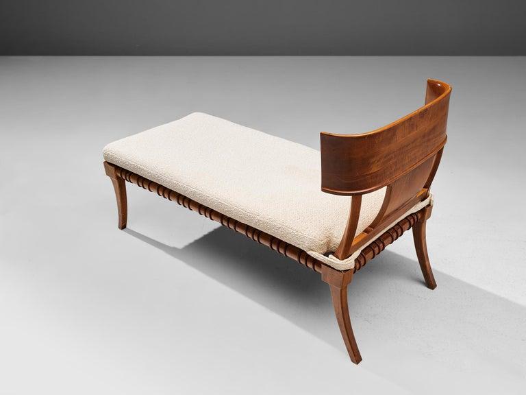 Mid-20th Century T. H. Robsjohn-Gibbings 'Klini' Chaise Lounge