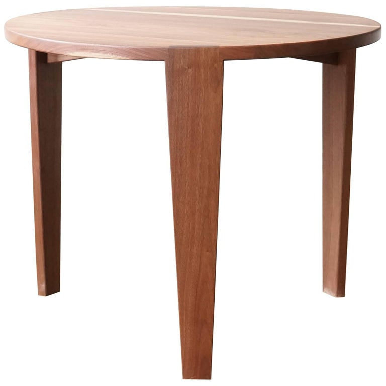 T08 Round Dining Table, Handcrafted in Solid Walnut For Sale