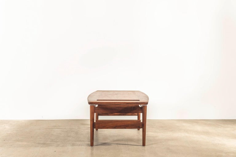 Contemporary T390 Low Table with Magazine Rack in Walnut by Jens Risom For Sale