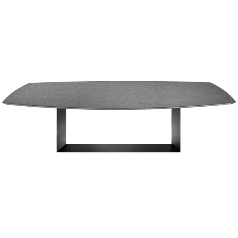 Modern In stock in Los Angeles, T5 Grey Ceramic and Metal Dining Table, Made in Italy For Sale