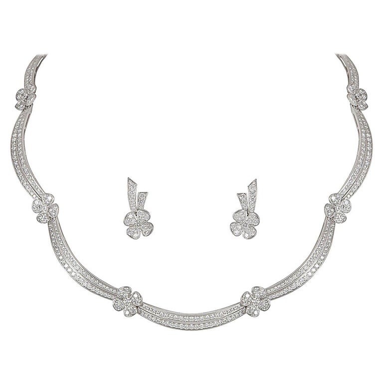 Tabbah Diamond Jewellery Necklace and Earrings Suite 11.51 total carats For Sale